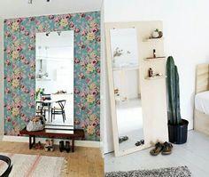 Já pensou em usar aquele espelho detrás da porta como objeto de decoração do quarto?