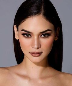 Pia Wurtzbach - Pia Alonzo Wurtzbach, formerly known in the Philippine entertainment and modeling industry as Pia Romero, is a Filipino beauty pageant titleholder, model and actress who was crowned Miss Universe Glam Makeup, Makeup Inspo, Bridal Makeup, Makeup Art, Wedding Makeup, Makeup Inspiration, Eye Makeup, Hair Makeup, Makeup Ideas