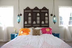 Moroccan Bedroom Ideas : Fantastic tropical distressed wood bed frame bedroom collection of moroccan pendant light paired moroccan decor, moroccan rug with moroccan lanterns. Tile flooring bedroom collection of glass front door with beach style, indoor o Moroccan Bedroom, Decor, Bedroom Themes, Moroccan Inspired Bedroom, Bedroom Decor, Cheap Home Decor, Bedroom Design, Home Decor, Moroccan Decor Bedroom