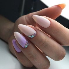 12 unique trending nail art designs for Hot nail right nail now in fashion. Stiletto nails, rainbow almond nails, Ombre rounded nail art designs for summer. Hot Nails, Pink Nails, Hair And Nails, Light Purple Nails, Purple Manicure, Pastel Nails, Glitter Nails, Pink Purple, Purple Nail Designs