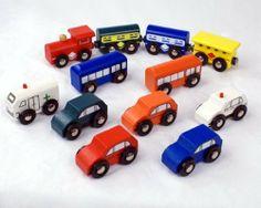 12 Piece Train and Vehicle Set Fits Thomas Brio Track and Sets by Jesse's Toy Box LLC, http://www.amazon.com/dp/B003DW92G0/ref=cm_sw_r_pi_dp_SRbRqb00422EV