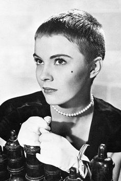 Jean Seberg pixie haircut