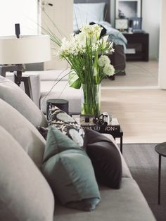 Home Sweet Home - Camilla Pihl Living Room Lounge, Small Living Rooms, Home Living Room, Apartment Interior Design, Living Room Interior, Sweet Home, Sofa Inspiration, Bathroom Design Luxury, Home Fashion