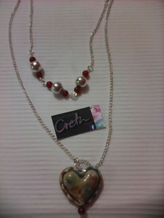 Cadena con detalles piedras ágata, corazón italiano.