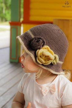 KNITTING PATTERN brim hat Pauletta with crochet flowers and