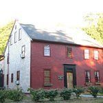 Edward Dillingham Home--Cape Cod, MA--- potentially my ancestor- not proven yet Real Haunted Houses, Haunted Hotel, Most Haunted, Scary Places, Haunted Places, Plymouth Colony, Best Ghost Stories, Ghost Hunting, Places Around The World