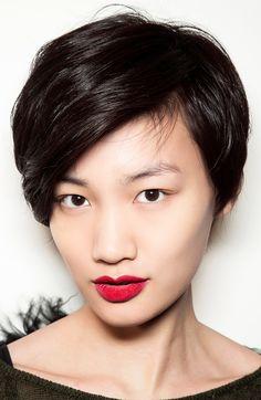 Romantic, velvety red lips