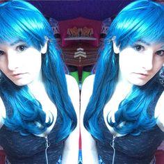 I feel like a pixie today in this wig  #lushwigs #lushwigspreciousmetal #favourite #wig #pixie #pale #sunlight #blue #nofilter #follow #followforfollow #like #likeforlike by hollycerys