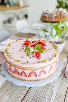 Wochenendblümchen und noch ein Erdbeerrezept, Pomponetti Cake & Co, Bellisima, I Foods, Cake Recipes, Bakery, Cheesecake, Strawberry, Sweets, Desserts