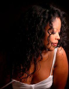 Isabelle RABARAONA jazz vocalist, (Paris, Nice France)