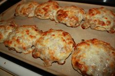Husband and Kid Approved! Pizza Burgers. English muffins, ground beef, onions, cream of mushroom soup, pizza sauce, seasoning and sliced mozzarella cheese. I have had a lot of readers say their husbands LOVE this meal.