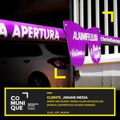 Con motivo de la apertura de una nueva tienda Alain Afflelou en Murcia, Ariane Media nos solicitó la personalización del soporte publicitario en la entrada de vehículos del parking Glorieta de España en Murcia.  Trabajo realizado con vinilo de corte y pvc troquelado