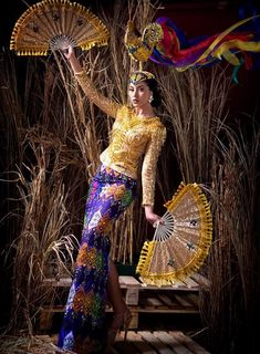 an experiential beauty, lifestyle and travel site based in the Philippines. Philippines Dress, Philippines Culture, Cultura Filipina, Zamboanga City, Filipiniana Dress, Filipino Fashion, Spanish Dress, Filipino Culture, Filipina Beauty