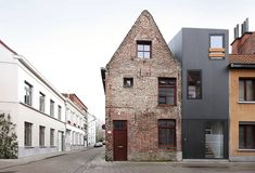 "Contemporary History: Dierendonck Blancke Architects   We always love architecture that respects the old and simultaneously embraces the new. This 89 sqm family home ""House Gelukstraat"" has been designed by Dierendonck Blancke Architects in Ghent, Belgium and is a perfect example for this approach. Find out more at Archdaily. Picture by Filip Dujardin. freundevonfreunden"