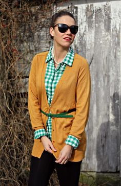 A Gap shirt as featured on the blog Pop of Style. Green gingham, long cardi and belt to tie it all together.