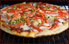 Everybody loves pizza from a wood fired oven, now you can get that same great flavor at home with your Traeger! We just bought a Traeger wood pellet grill , & it makes pizzas taste fabulous - like a wood -fired pizza - amazing ! Traeger Smoker Recipes, Traeger Bbq, Pellet Grill Recipes, Grilling Recipes, Cooking Recipes, Traeger Pizza, Wood Fired Pizza, Cooking On The Grill, Wrap Recipes
