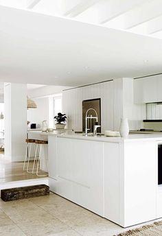 A modern coastal house in Bondi Beach's all-white update