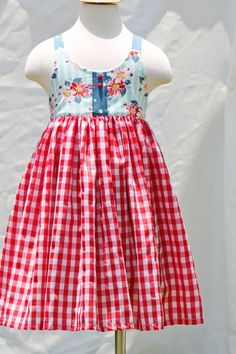 Girls picnic dress-Ready to ship size 5 by outtahand on Etsy