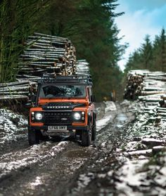 Tough as ever the English gentleman that can tackle any terrain Landrover Land Rover Defender, Defender 90, Camping Set Up, Tent Camping, Offroader, Off Road Adventure, Cars For Sale Used, Expedition Vehicle, Jeep Cars