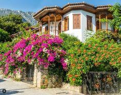 Akyaka, Muğla, Türkiye. Abandoned Houses, Mansions, House Styles, Modern, Cities, Travel, Twitter, Home Decor, Bonito