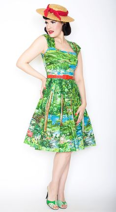 Veronique Pin Up Dress in Happy Valley Print Size XS