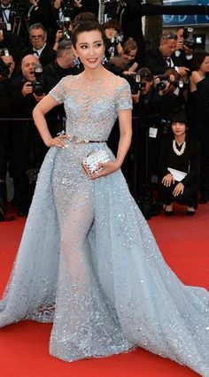 The Best of the 2015 Cannes Film Festival Red Carpet - 李冰冰 Elegant Dresses, Pretty Dresses, Evening Dresses, Prom Dresses, Formal Dresses, Robes Glamour, Vestidos Fashion, Best Gowns, Red Carpet Dresses
