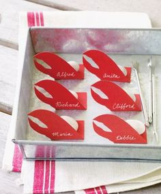 Find creative ways to welcome guests to their seats with our place-card clip art and templates. Whether you're hosting an elegant dinner party or a backyard bash, these table settings will help carry out your theme. Lobster Feast, Lobster Party, Lobster Boil, Lobster Claws, Red Lobster, Seafood Party, Lobster Dinner, Crab Boil, Seafood Dinner