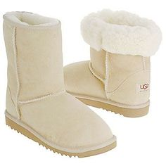 28 best ugg boots images on pinterest shoe accessories and shoes rh pinterest com