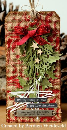 Scrap from Bemmel: 12 Tags of 2015 : December Holiday Gift Tags, Christmas Tag, All Things Christmas, Christmas Crafts, Handmade Tags, Greeting Cards Handmade, Artist Card, Paper Tags, Vintage Tags