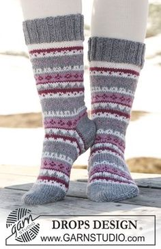 Socks & Slippers - Free knitting patterns and crochet patterns by DROPS Design Drops Design, Crochet Socks, Knitting Socks, Knitting Patterns Free, Free Knitting, Free Pattern, Magazine Drops, Drops Patterns, Sock Toys