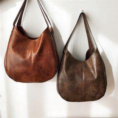 Women Multi-layer Casual Shoulder Bag Quilt Solid Handbag is designer, see other popular bags on NewChic Mobile. Bag Quilt, Sacs Design, Leather Hobo Handbags, Tote Handbags, Casual Bags, Vintage Leather, Pu Leather, Handmade Leather, Vintage Bag