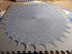 Ravelry: Queen Anne's Lace pattern by MMario free