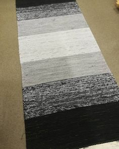 Rag Rugs, Scandinavian Style, Country Style, Pattern Design, Weaving, Beautiful, Instagram, Home Decor, Fabrics