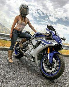 Girls that ride SportsBike =