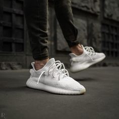 """adidas YEEZY Boost 350 V2 """"Cream"""""""