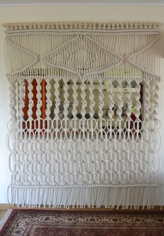 Big macrame wall hanging #macrame #wallhanging #modernmacrame #boho #bohemian #macrame #homedecor #interiordecor #handmade #weddingdecor