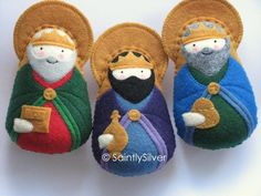 reyes magos--would be really cute to recreate at christmas for new quiet book pages on the christmas story.