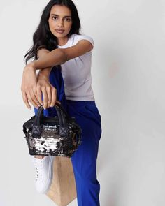 For a limited time only, our popular Metro Pouches are available in a festive set of three versatile sizes and eyecatching metallic hues. We love to use them to organize bigger bags by day, and carry as a clutch by night.