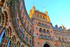 St. Pancras Victorian Architecture, Architecture Old, London Hotels, London Calling, Grand Hotel, Victorian Homes, London England, Glasgow, Barcelona Cathedral