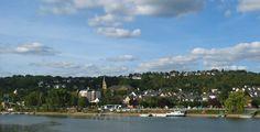 Vallendar (Rheinland-Pfalz): Die Stadt Vallendar ist ein staatlich anerkanntes Heilbad und Mittelzentrum im Landkreis Mayen-Koblenz in Rheinland-Pfalz. Sie ist Verwaltungssitz der Verbandsgemeinde Vallendar, der sie auch angehört.