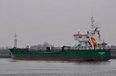11 februari 2015 te IJmuiden onderweg naar de Noordersluis met latere bestemming de Amerikahaven de THUN GEMINI  http://koopvaardij.blogspot.nl/2015/02/bestemming-amsterdam_11.html