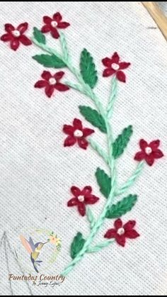 Hand Embroidery Patterns Flowers, Basic Embroidery Stitches, Hand Embroidery Videos, Embroidery Flowers Pattern, Flower Embroidery Designs, Embroidery Techniques, Beaded Embroidery, Beaded Flowers Patterns, Decor Pillows