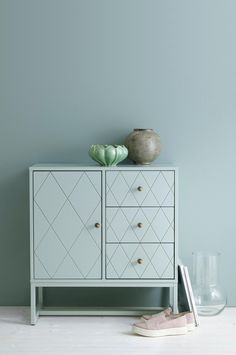 Skab Dessi Buffet Cabinet, Interior Inspiration, Diy Furniture, Dresser, Interior Decorating, Storage, Home Decor, Design, Living Area