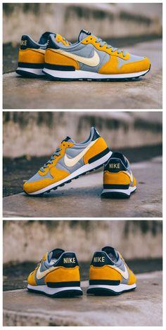 Nike Internationalist: Buttercup Yellow/Grey/Black