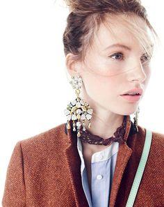 J.Crew women's Rhodes blazer in herringbone + cosmos cluster chandelier earrings | my kind of style statement