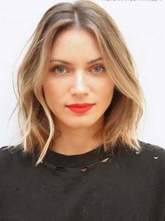 Center Parted Lob Beach Hairstyles for 2018