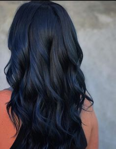 Blue Black Hair Color, Dark Blue Hair, Blue Ombre Hair, Hair Dye Colors, Dark Hair Colours, Hair Color Ideas, Midnight Blue Hair, Balage Hair, Short Textured Hair