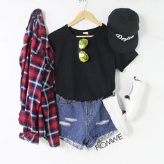 Love plaid! Perf summer outfit!
