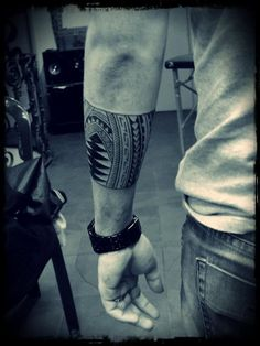 Maori half sleeve tattoo - Thiago Baltuz