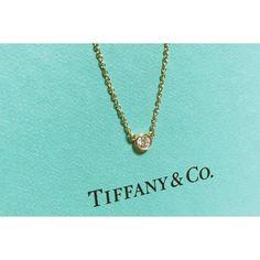 一生ものの一粒を。ティファニーのBy The Yardを身につけたい Arrow Necklace, Gold Necklace, Tiffany, Jewelry, Board, Gold Pendant Necklace, Jewlery, Bijoux, Schmuck